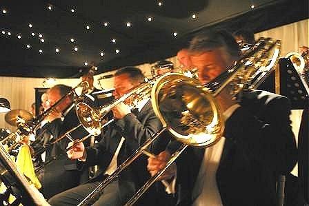 THE GOOD LIFE ORCHESTRA sul palco del BATIS