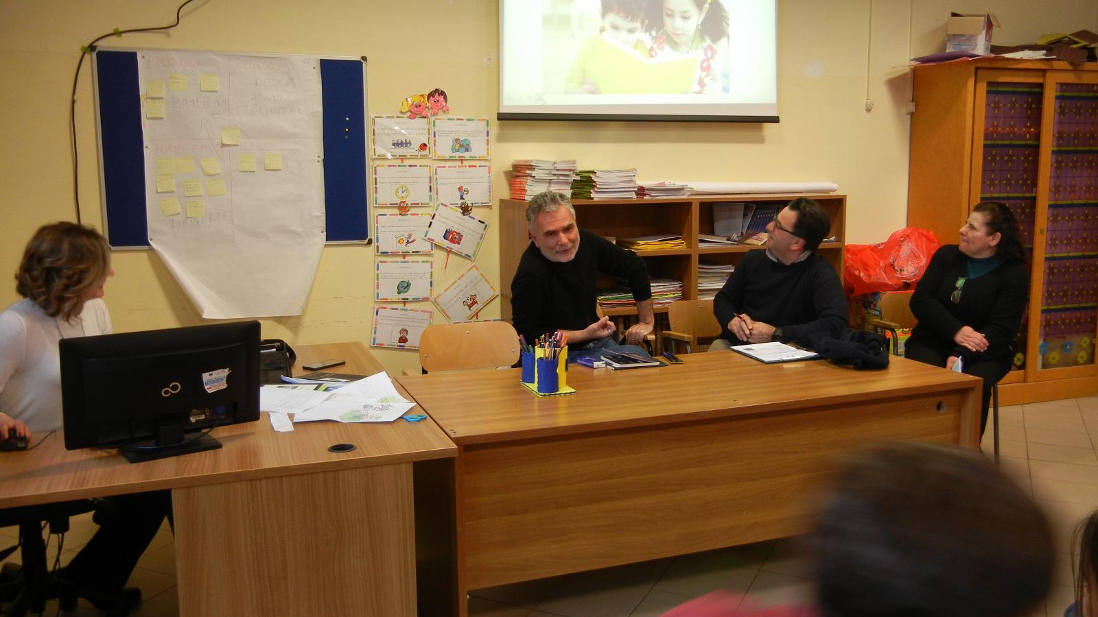 """Marano(Na): Gianni Montieri all'I.C. """"Amanzio–Ranucci- Alfieri"""" per la """"merenda letteraria"""""""