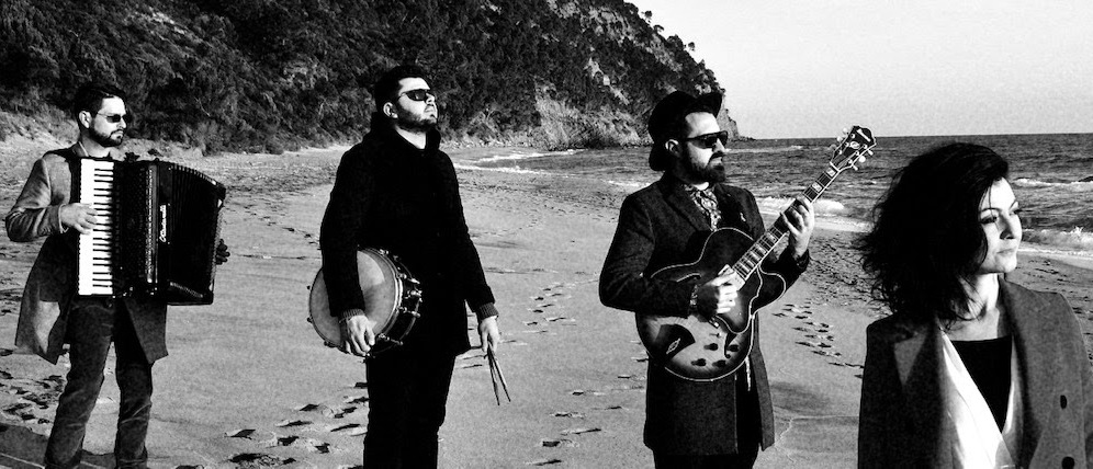 """Vio.la: nuovo brano registrato a distanza,""""E la musica va"""" di Eduardo De Crescenzo"""