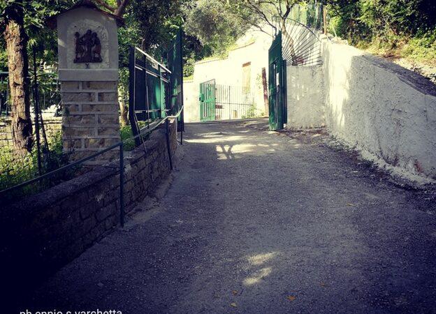 """Napoli: La """"piccola Lourdes"""" santuario e vera oasi di preghiera"""
