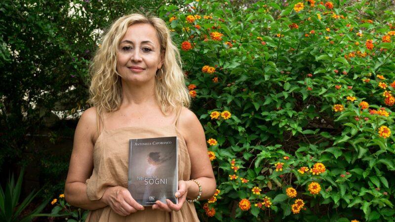 """""""Nei nostri sogni"""", il volume di Antonella Capobianco."""