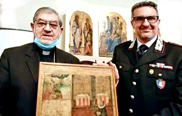 Carabinieri riconsegnano alle Diocesi campane 50 ex voto rubati