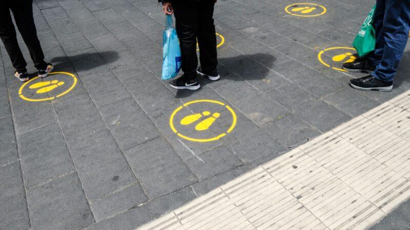 LAZZARO_art doesn't sleep. Videoproiezione sugli spazi urbani del mondo.